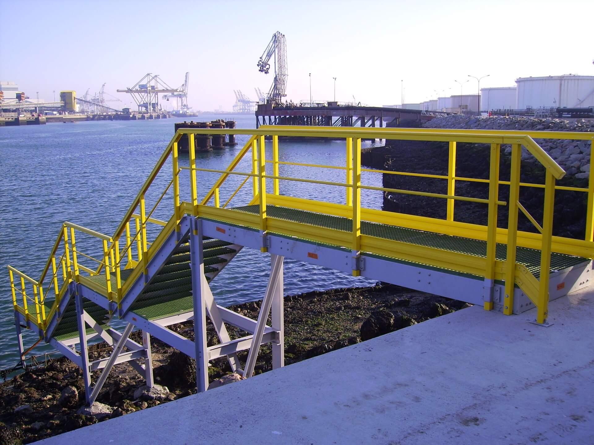 escalier d'accès composite au havre