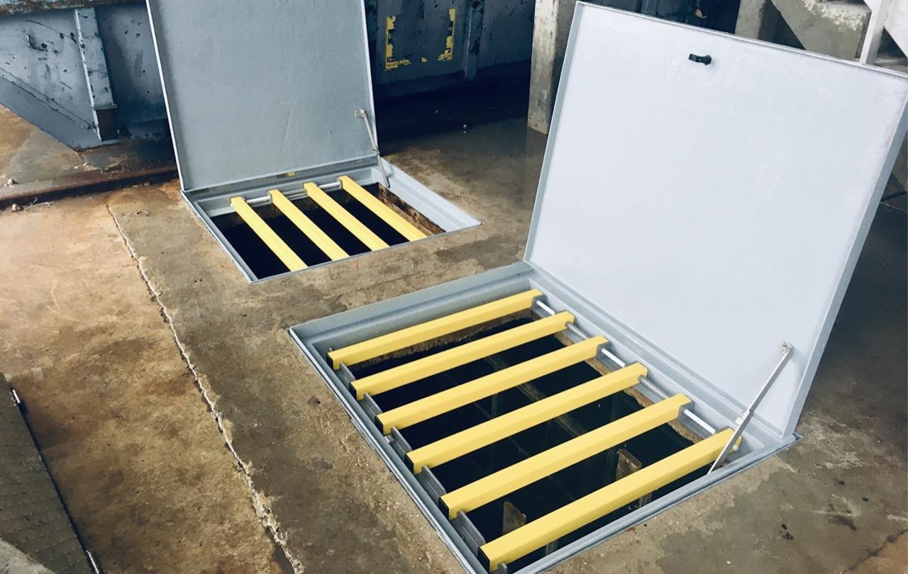 trappe composite d'accès