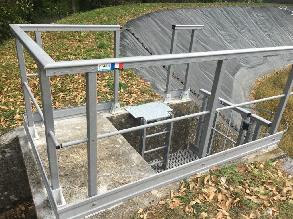 Sécurisation d'un palier avec garde-corps fibres de verre